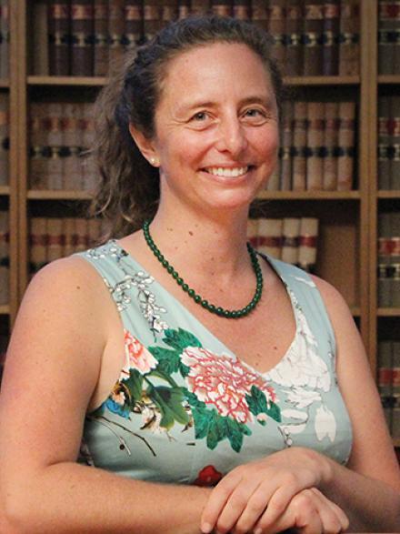 Dr Anne Macduff