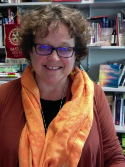Dr Carol Hayes