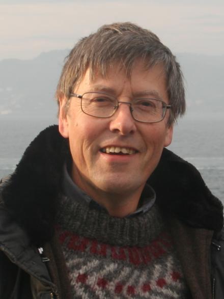 Dr Peter Londey